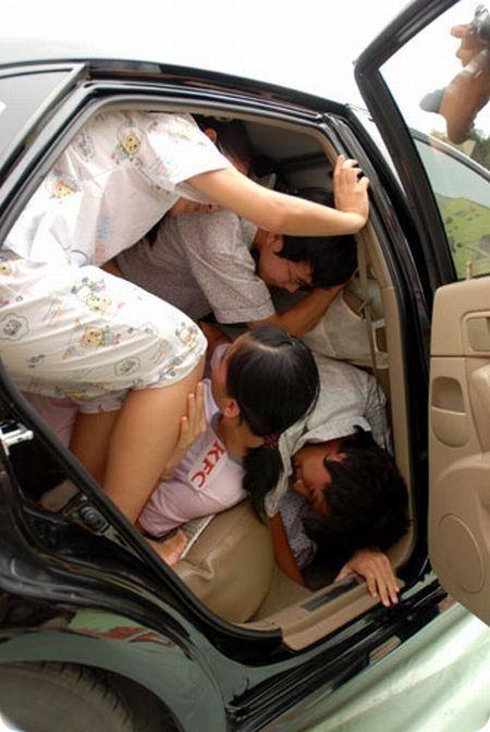 Секс с женой в машине с фото