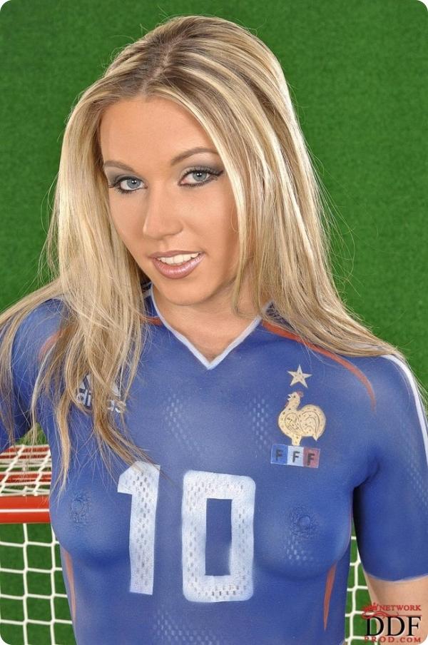 Сыграем в футбол (12 фото)