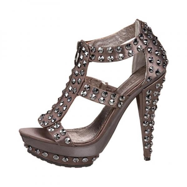 на фото: туфли новые в стразах в Рязани, продам, куплю, обувь в Рязани