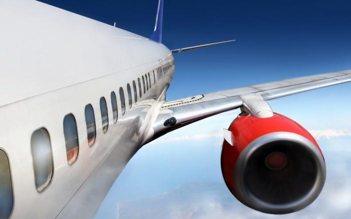 в самолетах иллюминаторы круглые