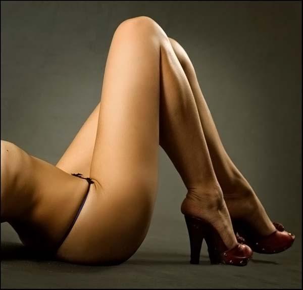 фото голые стопы жены